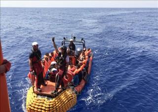 Hải quân Libya cứu 200 người di cư bất hợp pháp