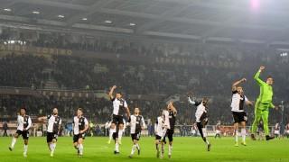 Matthijs de Ligt tỏa sáng, Juventus nhọc nhằn vượt ải Torino