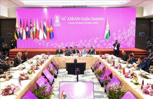 Thủ tướng Nguyễn Xuân Phúc dự Hội nghị Cấp cao ASEAN - Ấn Độ lần thứ 16