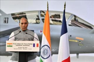Ấn Độ tuyên bố tiếp tục hợp tác quốc phòng với Nga