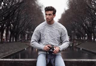 Những cách phối áo len cho nam giới
