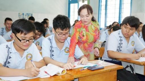 Tuyển dụng đặc cách giáo viên có hợp đồng lao động