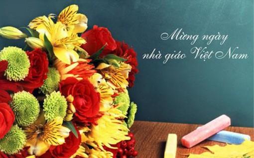 Những lời chúc hay và ý nghĩa ngày 20-11 cho thầy cô giáo