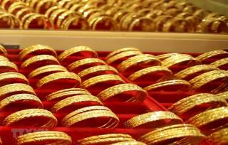 Kết thúc tuần trong nốt trầm, giá vàng vẫn cao hơn so với tuần trước