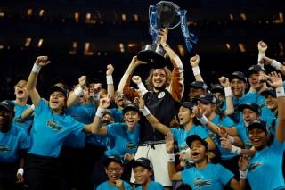 Tsitsipas lần đầu dự giải và đăng quang ATP Finals 2019