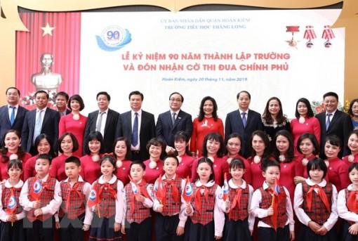 Lãnh đạo Đảng, Nhà nước chúc mừng các thầy, cô giáo nhân dịp 20-11