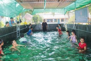 Cần lắm việc phổ cập bơi trong trường học