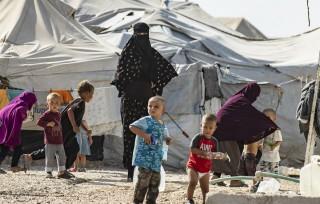 Anh cho phép hồi hương trẻ em mồ côi đang mắc kẹt tại Syria