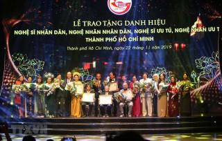 TP.HCM vinh danh 77 nghệ sỹ được tặng danh hiệu vinh dự Nhà nước
