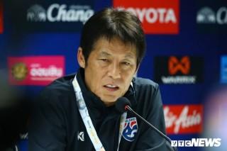 HLV Nishino chê quy định SEA Games oái oăm, lo U.22 Thái Lan khó vô địch