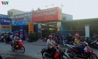 Bắt giữ 2 đối tượng nổ súng cướp tiệm vàng ở Hóc Môn
