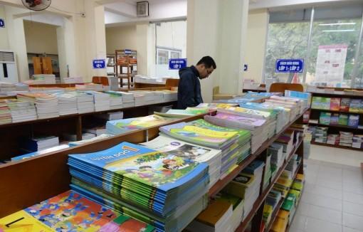 Đa dạng sách giáo khoa: Những ai được quyền lựa chọn?