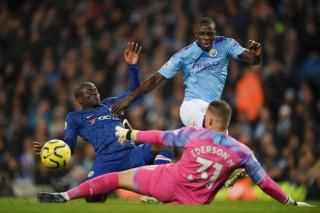 Man City lội ngược dòng ngoạn mục trước Chelsea