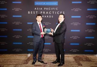 """Viettel Telecom được Frost & Sullivan vinh danh """"Nhà cung cấp dịch vụ data di động tốt nhất tại Việt Nam- 2019"""""""