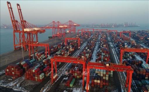 EC dự báo kinh tế toàn cầu tăng trưởng vừa phải trong hai năm tới