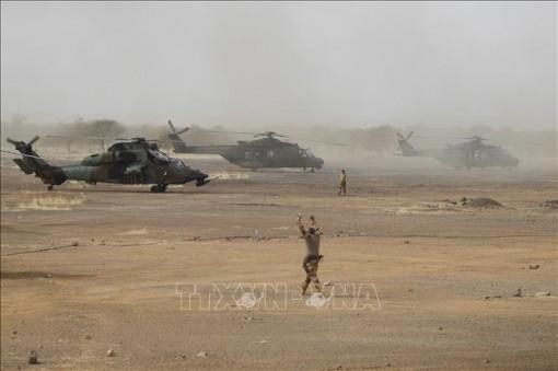 IS nhận phục kích gây ra vụ tai nạn máy bay khiến 13 binh sĩ Pháp thiệt mạng