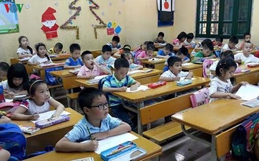 Đưa SGK lớp 1 mới vào giảng dạy, giáo viên sẽ phải học trước tiên