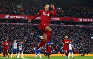 Liverpool bỏ xa Man City 11 điểm, Tottenham lại thắng kich tính