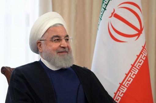 """Iran bất ngờ """"đánh tiếng"""" hòa giải với Arab Saudi"""