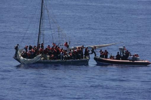 Chìm tàu chở người di cư ngoài khơi Mauritania, 57 người chết