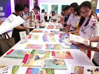 Chủ động trong chọn sách giáo khoa mới