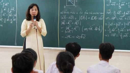 Công khai thu nhập tăng thêm cho cán bộ, giáo viên