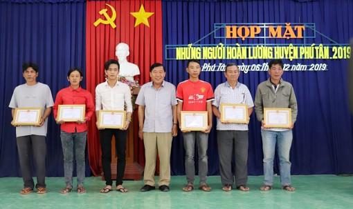 Phú Tân họp mặt những người hoàn lương 2019