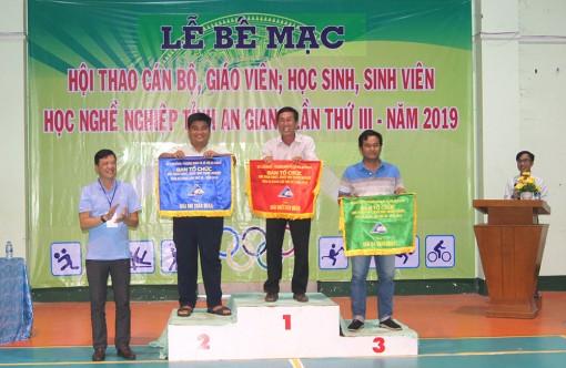 Trường Cao đẳng Y tế An Giang đạt giải nhất Hội thao cán bộ giáo viên, học sinh sinh viên học nghề
