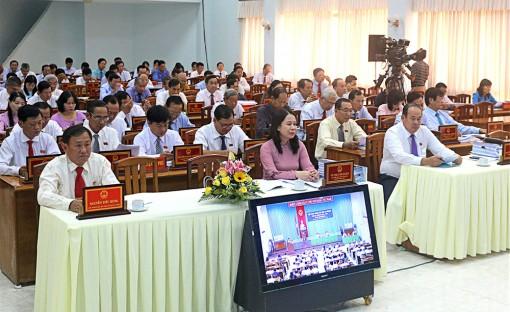 Kỳ họp thứ 12, HĐND tỉnh khóa IX (nhiệm kỳ 2016-2021): Thủ trưởng các sở, ngành trả lời chất vấn các vấn đề cử tri quan tâm