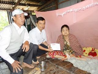 Bạn đọc Báo An Giang hỗ trợ các hoàn cảnh khó khăn hơn 28 triệu đồng