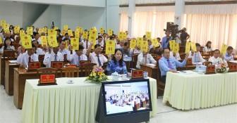 Kỳ họp thứ 12, HĐND tỉnh khóa IX kết thúc thành công tốt đẹp