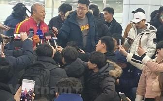 U.23 Việt Nam đặt chân đến Hàn Quốc, 'luyện công' chờ giải U.23 Châu Á