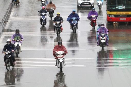 Nam Bộ ngày nắng, phía Đông Bắc Bộ và Hà Nội mưa nhỏ vài nơi
