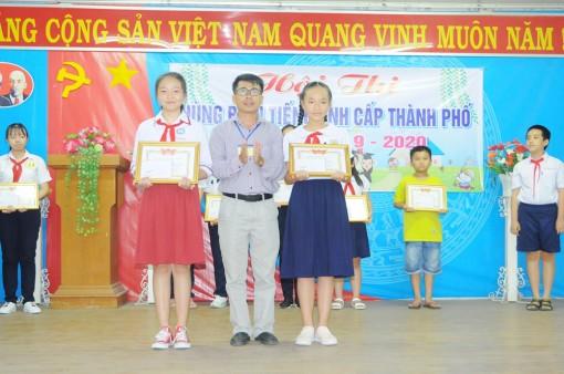 Phòng Giáo dục và Đào tạo TP. Long Xuyên tổ chức Hội thi hùng biện tiếng Anh