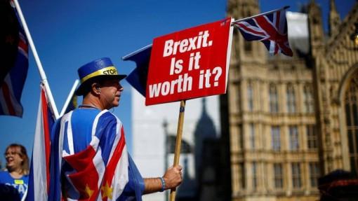 Sau khi thắng lớn, Thủ tướng Anh tăng tốc phê chuẩn Thỏa thuận Brexit