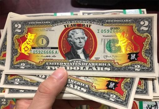 Tiền lì xì hình con chuột đắt hàng trước Tết Canh Tý 2020