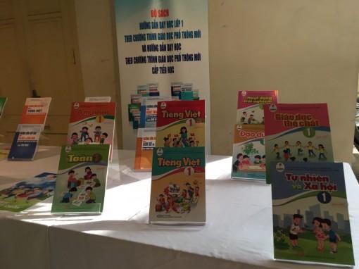 Ra mắt bộ sách giáo khoa lớp 1 xã hội hoá đầu tiên theo chương trình mới