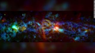 """Phát hiện mới của NASA về """"nơi thai nghén"""" các vì sao giữa Dải Ngân hà"""