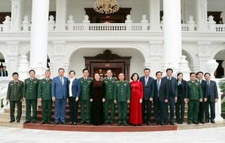 Chủ tịch Quốc hội thăm, làm việc với Bộ Tư lệnh Quân khu 3