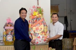 Lãnh đạo huyện Châu Thành thăm và chúc mừng Giáng sinh 2019