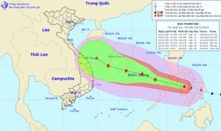 Ứng phó bão Phanfone: Kêu gọi tàu thuyền ra khỏi vùng nguy hiểm