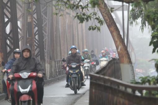 Bắc Bộ và Trung Trung Bộ có mưa, trời rét