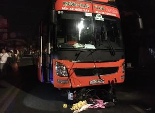 Va chạm với xe khách Phương Trang, một người bị thương nặng