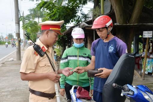 Xử phạt 1.147 trường hợp vi phạm trật tự an toàn giao thông