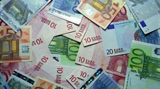 Tỷ giá ngoại tệ ngày 2-1, USD tăng nhanh trở lại từ đáy 6 tháng