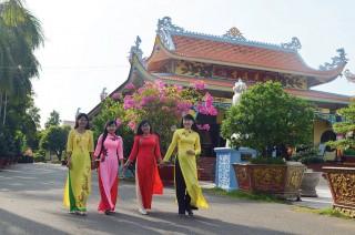 Văn hóa viếng chùa
