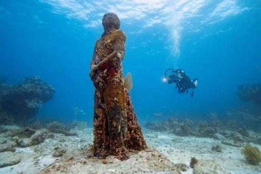 Những địa điểm dưới nước độc đáo nhất thế giới