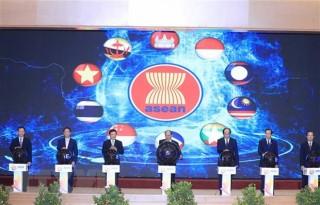 Thủ tướng Nguyễn Xuân Phúc chủ trì Lễ Khởi động Năm Chủ tịch ASEAN