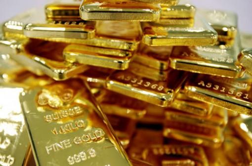 Giá vàng hôm nay 7-1, lên đỉnh 7 năm, tín hiệu đáng sợ