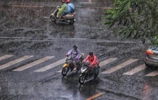 Bắc Bộ sáng và đêm có mưa phùn, Nam Bộ tiếp tục nắng khô